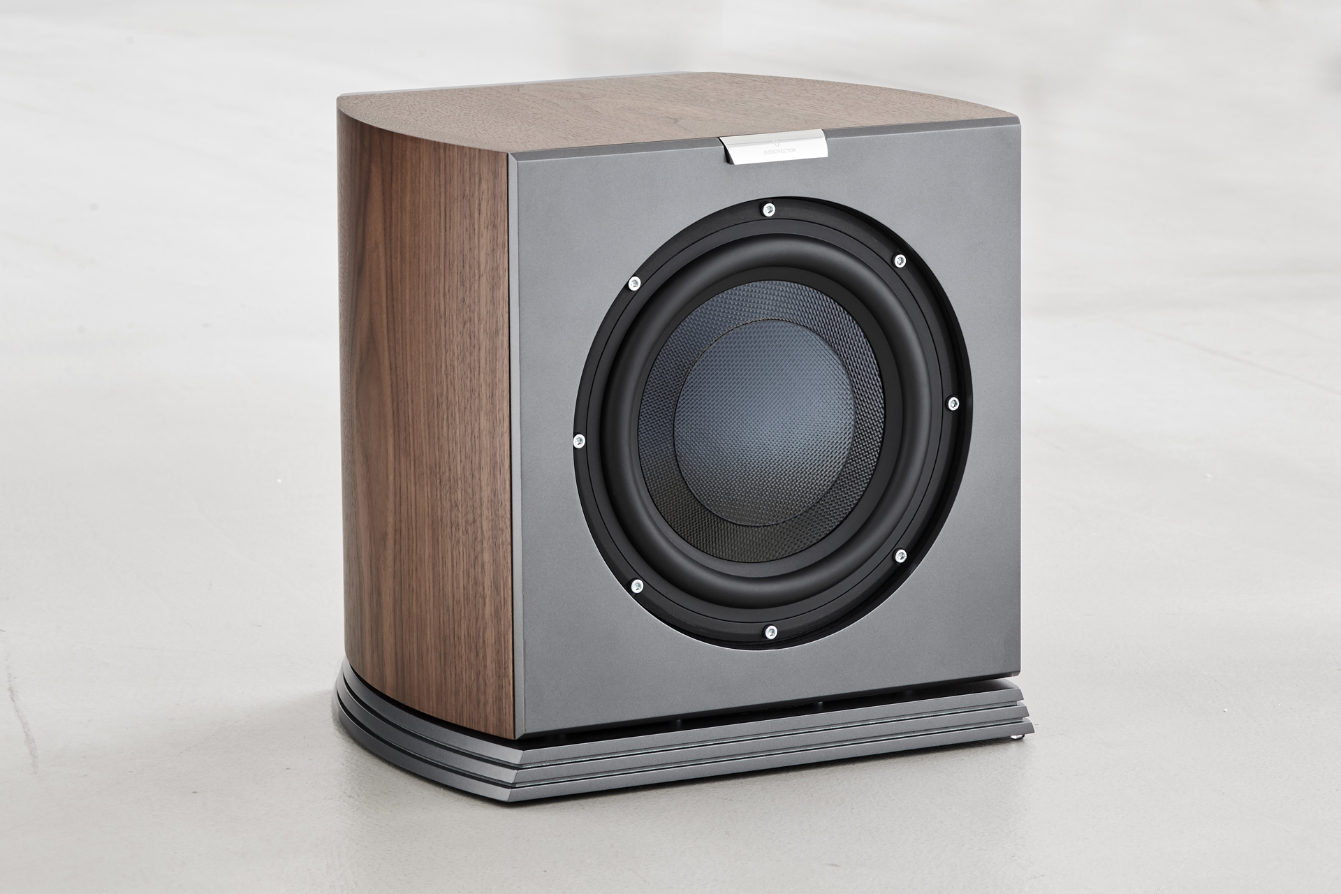 audiovector r series subwoofer
