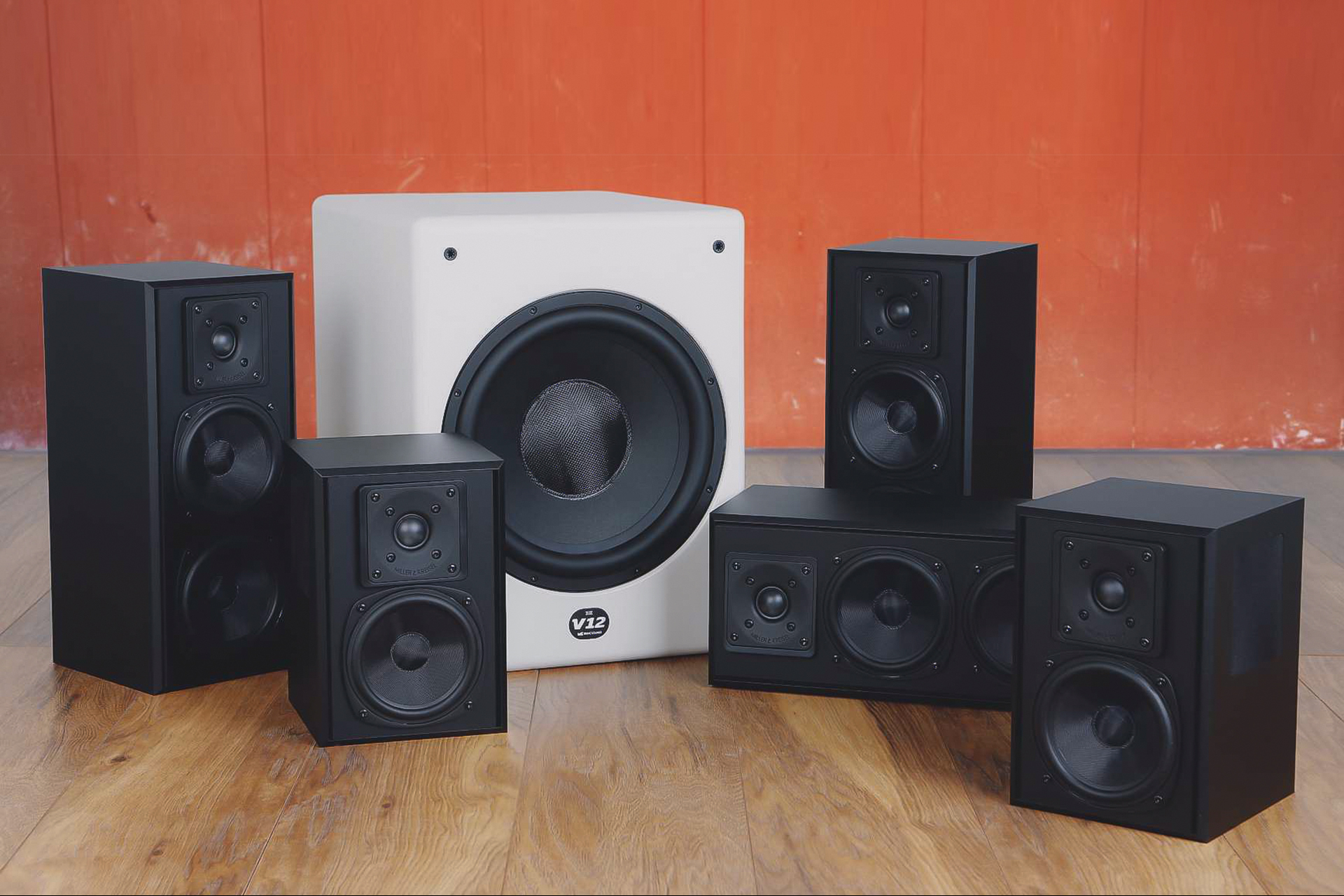 M&K SOUND 5.1 Home Cinema System